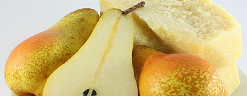 Il formaggio incontra la pera: ed è subito passione